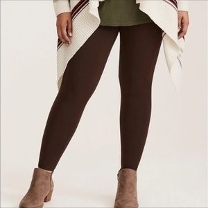 Torrid cropped brown leggings